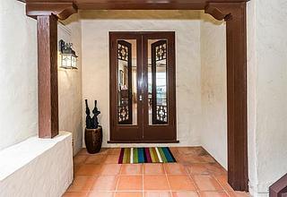 Alewa Heights Home