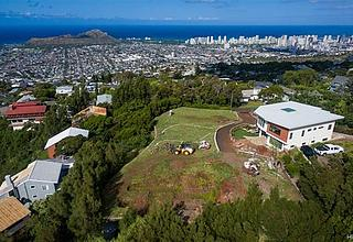Maunalani Heights Land