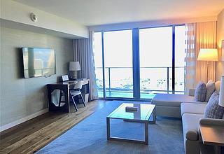 The Ritz-carlton Residences - 383 Kalaimoku Condo
