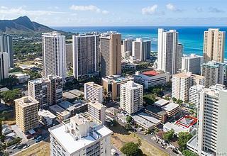 Waikiki Home