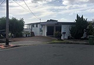 Moanalua Gardens Home