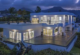Waikalua Home