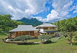 Kailua Bluffs Home