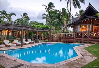 Paiko Lagoon Home