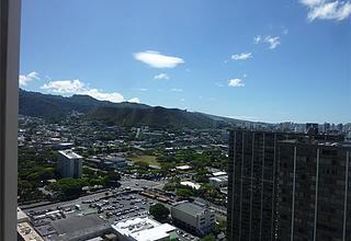 Honolulu Park Place Condo