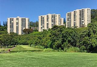 Colonnade On Greens Condo
