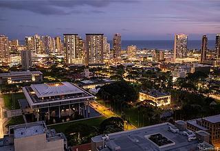 The Pinnacle Honolulu Condo